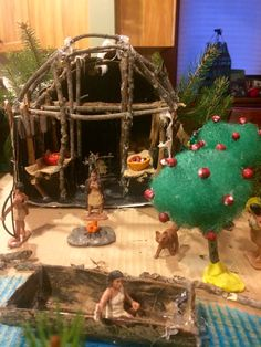 Native American Longhouse, Nativity, Christmas Bulbs, Holiday Decor, Projects, Home Decor, Log Projects, Blue Prints, Decoration Home