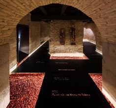 The interactive tour of the Occidens museum in Pamplona, the best exhibition in the world at the design awards Pamplona, Design Museum, School Architecture, Art And Architecture, Cafe Floor Plan, Building Contractors, Adaptive Reuse, Scene Image, Romanesque