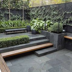 Design Small City Garden In Kensington London Designed By Award Smallgarden – Modern Garden Small City Garden, Small Garden Design, Small Gardens, Outdoor Gardens, Urban Garden Design, House Garden Design, Corner Garden, Modern Landscaping, Backyard Landscaping