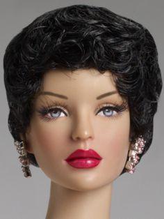 Short and Sassy Deana Denton  Tonner Doll Company--She looks like Selina Kyle to me. >^..^<