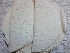 Lipii fara drojdie - imagine 1 mare Arabic Breakfast, Pita, Bread Recipes, Bakery, Sweets, Vegan, Cooking, Foodies, Loaf Recipes