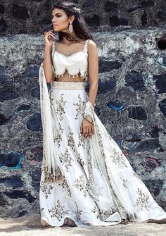 ♥dm for price and original picture ♥ 🎀it can be made in any possible colors🎀 Paytm ✔️bank transfer ✔️worldwide shipping ✔️ Indian Wedding Outfits, Indian Outfits, Indian Attire, Indian Wear, African Fashion, Indian Fashion, Indian Party Hairstyles, Forever 21 Outfits, Fashion Week 2018