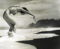 Untitled, c. 1950  Iwase Yoshiyuki (岩瀬禎之)