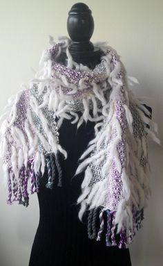 Sono felice di condividere l'ultimo arrivato nel mio negozio #etsy: Sciarpa FUNNY, pura lana merino, tessuta a mano a telaio, bianco e multicolor http://etsy.me/2iJsRMF #accessori #sciarpe #bianco #sciarpamorbida #piumedilana #multicolor #sciarpadivertente #tagliaunica