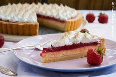 Käsekuchen-Erdbeer-Tarte mit Baiser - Obertuffig und saulecker!