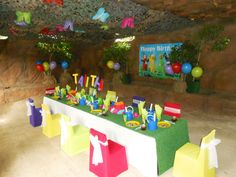 Colourful great idea 2nd Birthday, Birthday Parties, Party Themes, Party Ideas, Party Venues, Farm Yard, Birthday Candles, Coffee Shop, Tea
