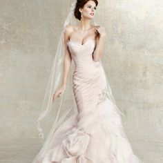 Court Train Off-the-shoulder Wedding Dress