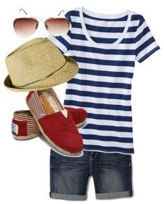 Casual Summer Outfit for the 4th of July!