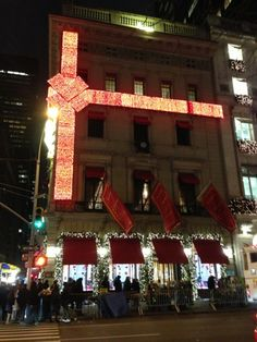 All wrapped up for the holidays. #newyork #Christmas