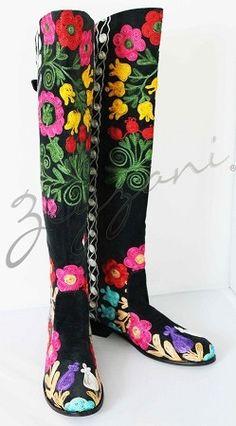 Uzbek motive - Embroidery from  Uzbekistan . Above the Knee Flat Zeyzani Boots