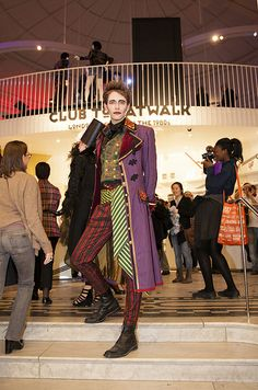 Guests stepped back into the and explored the creativity and theatricality of London's dynamic fashion and club scenes. Back To The 80's, V & A Museum, October 2013, Friday, Fashion, Cultural Events, Moda, Fashion Styles, Fashion Illustrations