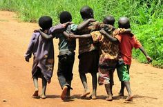 African children photography beautiful babies ideas for 2019 Poor Children, Precious Children, Beautiful Children, Beautiful Babies, We Are The World, People Around The World, Sweet Pictures, Smile Pictures, African American News