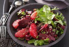 Veganer Rote-Rüben-Salat mit Grapefruit, Sesam und Koriander