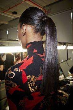 Paris Fashion Week F/W2014-15 Show: KENZO ... | L'Oréal Professionnel #pfw #lpbackstage #kenzo #ponytail Kenzo, Fashion Week, Paris Fashion, L'oréal Professionnel, Afro, Ponytail, Pony Tails, Cola De Caballo, Pigtail Hairstyles