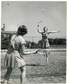Hermia and Helena use these rackets when they are fighting in the woods