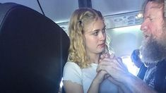 Girl helps deaf and blind man
