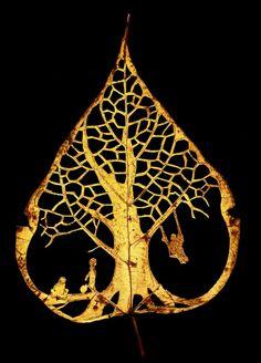 Fall-ing Leaf II by LadyTinuz.deviantart.com