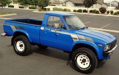 toyota classic cars and trucks Toyota Pickup 4x4, Toyota Trucks, Toyota Cars, Toyota Hilux, Toyota Tacoma, Toyota Corolla, Mini Trucks, Cool Trucks, Pickup Trucks