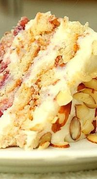 Strawberry or Raspberry Almond Layer Cake Recipe ~ to die for! Strawberry or Ra Cupcakes, Cupcake Cakes, Just Desserts, Dessert Recipes, Layer Cake Recipes, Layer Cakes, Think Food, Almond Cakes, Almond Cake Recipes
