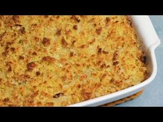 Oven baked cod with corn bread Oven Baked Cod, Chocolate, Paella, Family Meals, Cornbread, Carne, Macaroni And Cheese, Fish, Food And Drink