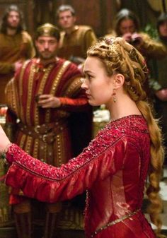 Sophia Myles as Isolde in Tristan and Isolde (2006).