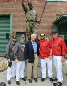 Red Sox Honor Carl Yastrzemski with a statue at Fenway Park 22 Sept 2013