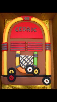 Jukebox bday cake