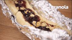 Peanut Butter & Jelly Banana Boats You Can Make in the Toaster Oven Banana Boats, Toaster Oven Recipes, Banana Split, Eating Raw, 3 Ingredients, Granola, Peanut Butter, Breakfast Recipes, Tasty