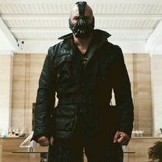 Bane... Awesome ! Played by Tom Hardy