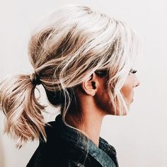 Blonde hair colour Mid length messy ponytail #hairstyles