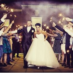 If you're planning a winter wedding, you've most likely figured out how you'll stay warm on your big day - but what about your guests? Cosy Winter, Wedding Prep, Wedding Ideas, Wedding Sparklers, Stay Warm, Big Day, Wedding Decorations, Flower Girl Dresses, Wedding Dresses