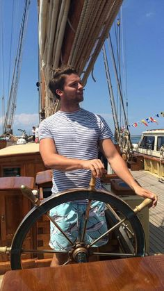 "Patrick Schwarzenegger wrote ""Little sailing time in Cape Cod"". Patrick Schwarzenegger, Cute Actors, Midnight Sun, Revenge, Hot Guys, Sailing, Celebrities, Celebs, Boys"
