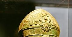 The Corinthian helmet originated in ancient Greece and took its name from the city-state known as Corinth. It was a helmet usually made of... Corinthian Helmet, City State, Antiquities, Ancient Greece, Greek, Greece