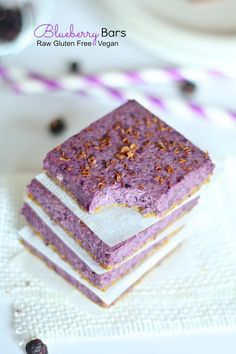 Blueberry Bars (Raw Vegan Gluten Free) Naturally beautiful oat bars bursting with blueberries sweetened with maple syrup.
