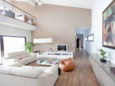 Wohnbereich im Bauhaustyp 2 von Zimmermann Haus • Mit Musterhaus.net Traumhaus finden und Wohnbereiche zum Wohlfühlen gestalten.