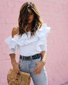Solid Color Casual One-Shoulder T-Shirt – blinglikes Girl Outfits, Fashion Outfits, Casual Outfits, Simple Outfits, Pretty Outfits, Spring Fashion Trends, How To Make Handbags, Sweater Shop, Look Fashion
