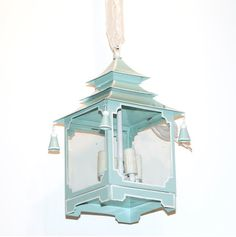 STYLEBEAT: DOYLE @ HOME AUCTION: 12 PIECES THAT CAUGHT MY EYE Home Lighting, Chandelier Lighting, Lighting Ideas, Candles And Candleholders, Chinoiserie Chic, Barbie Dream House, Traditional Interior, Decorating Blogs, Light Decorations