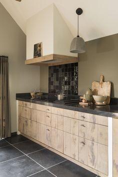 Keukenstudio Regio Oost | Landelijke keuken | Luxus Wonen