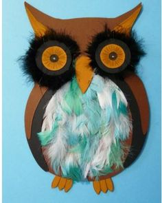 Super cute owl craft for kids. Made with card stock and feathers! art for kids,DIY and crafts,Kid Fun, Fall Arts And Crafts, Autumn Crafts, Autumn Art, Owl Crafts Preschool, Cute Kids Crafts, Nursing Home Crafts, Easy Art For Kids, Owl Theme Classroom, Ecole Art