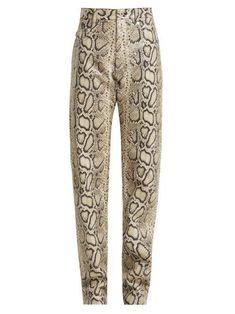 Pantalon en cuir à imprimé python Work Fashion, Fashion Beauty, Ashley Clothes, New Pant, Long Prom Gowns, Roll Neck Sweater, Python Print, Leather Cleaning, Leather Pattern