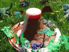 volcano in action School Fun, Sunday School, Craft Activities, Outdoor Activities, Making A Volcano, Dinosaur Play, Dinosaurs, Your Child, Teaching Ideas