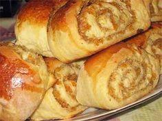 Булочки с курагой и грецкими орехами - свежие, мягкие, почти воздушные, их так хочется попробовать, и никак не остановиться! К чаю и кофе просто прекрасное дополнение! Ингредиенты: Тесто: яйца 2 шт …