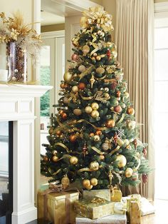 Give your Home a Golden Glow | Canadian Tire http://www.canadiantire.ca/inspiration/en/seasonal/christmas/canvas/give-your-home-a-golden-glow.html?cid=FB_Timeline_Post_Christmas_CANVAS_Gold_D346