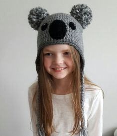 Great Photographs Crochet Hat pom pom Strategies You should fully grasp the different quantities of crocheting, such as everything else there is a sp Yarn Projects, Crochet Projects, Crochet Braids For Kids, Crochet Pillow Cases, Crochet Baby, Hat Crochet, Baby Hut, Hats For Women, Women Hat