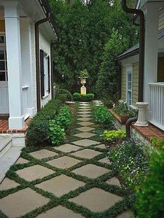 Improving Curb Appeal with Landscape Pavers. From plants to shrubs to choosing the right landscape pavers can be a challenge. Try these helpful tips. Small Front Yard Landscaping, Backyard Landscaping, Landscaping Design, Backyard Patio, Landscaping Software, Desert Backyard, Outdoor Walkway, Paver Pathway, Sloped Backyard