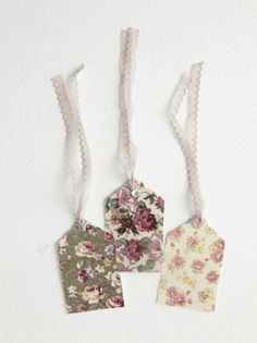 DIY::  Fabric remnants Lace Tags