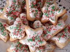 Biscoito de Natal Christmas Sugar Cookies, Christmas Desserts, Christmas Hot Chocolate, Four, Cake Cookies, Cookie Decorating, Love Food, Sweet Recipes, Cookie Recipes