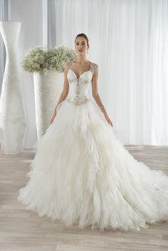 Νυφικά Φορέματα Demetrios 2016 Collection - Style 654