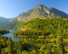 Ever since I was a little kid, I have always wanted to go to Montana. I don't know why, but I really want to go there. Absolutely Gorgeous