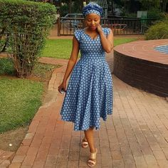I wear a lot of beautiful dresses.but I felt exceptionally beautiful today.I needed a simple Setswana dress,You aced it 👏 Latest African Fashion Dresses, African Dresses For Women, African Print Dresses, African Print Fashion, African Attire, African Wear, African Style, African Outfits, Africa Fashion